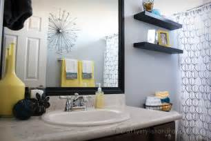 Black And Grey Bathroom Ideas by Retro Black White Gray And Yellow Bathroom Decor