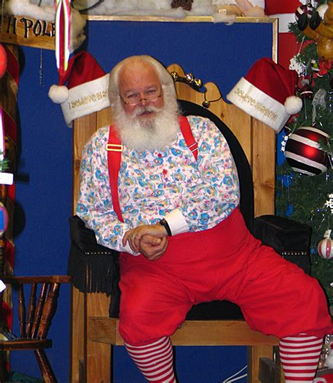santa claus house north pole ak file north pole alaska santa claus jpg wikipedia