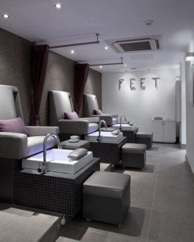 Hair Manicure Di Salon by The And Foot Spa S Executive Luxury Pedicure