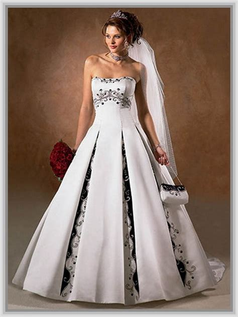 Wedding Dresses With Color And Design by Wedding Gowns With Color Accents