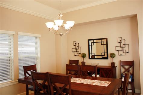 Light For Dining Room by Modern Dining Room Lighting For An Attractive House