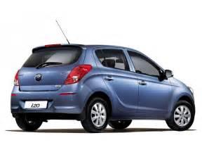 Hyundai Suzuki Maruti Vs Hyundai I20 Expert Comparison 6 Cartrade