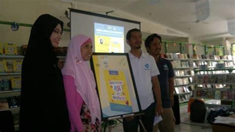 Buku Pintar Asi Menyusui acara peluncuran buku pintar asi dan menyusui karya f b