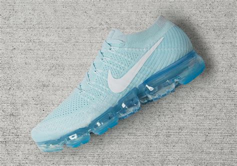 new year vapormax release date nike vapormax day to pack release info sneakernews