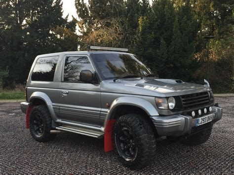 mitsubishi pajero 2 8 ltd edition swb 3 doors 4x4 automatic green low mileage long mot stunning rare mitsubishi pajero swb 2 8 turbo intercooler automatic diesel in leicester