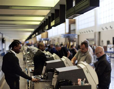 Background Check International Uber Balks At Atlanta Airport S Fingerprint Plan For