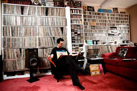 vynal room don t to own vinyl to be a real lover but this is true musiclisteningroom