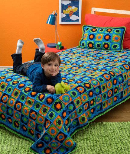 toddler bed pillow top 1358 best images about mantas e tapetes de croche on