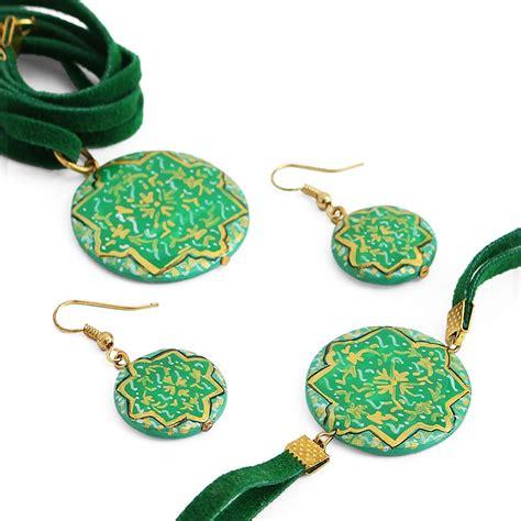 enamel jewelry green enamel jewelry set with necklace bracelet and
