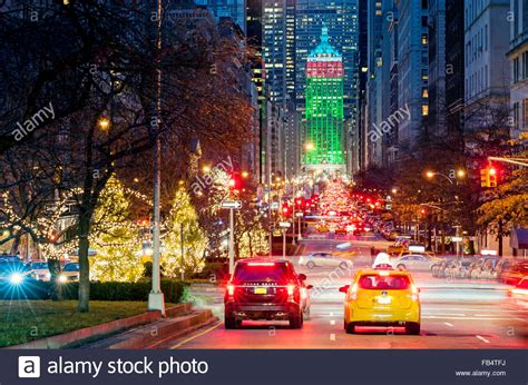 new york street park avenue new york city christmas