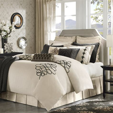 bedroom comforter sets with curtains bedroom comforter curtain sets curtain menzilperde net