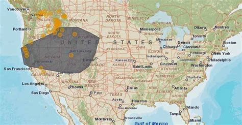 where are the fires in california map