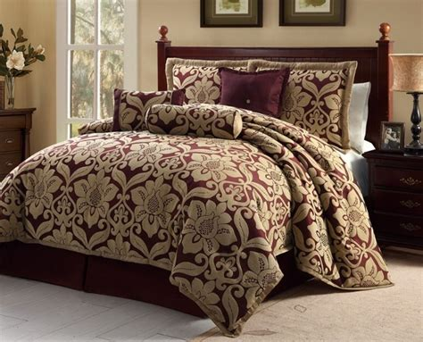 7pc Burgundygold Oversized Floral Design Comforter Set