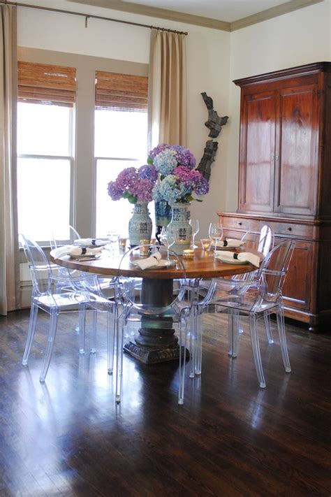 Ghost Furniture Dinner For One by Best 25 Ghost Chairs Ideas On Ghost Chairs