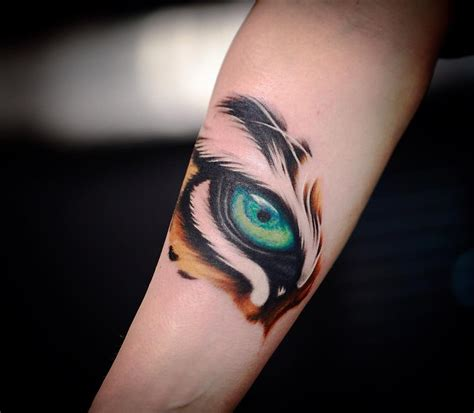 eye of the tiger tattoo tiger tattoos meaning and design ideas tiger