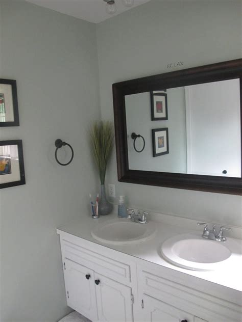 sw sea salt bathroom sherwin williams sea salt and rainwashed
