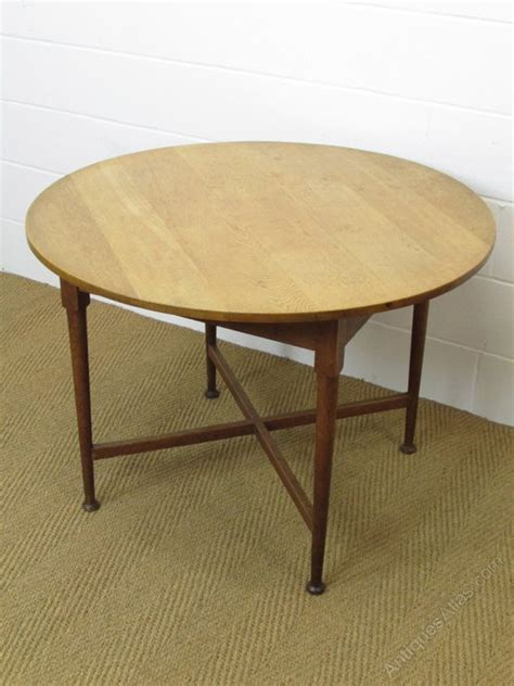 Heals Dining Tables Heal S Oak Circular Breakfast Dining Table Antiques Atlas