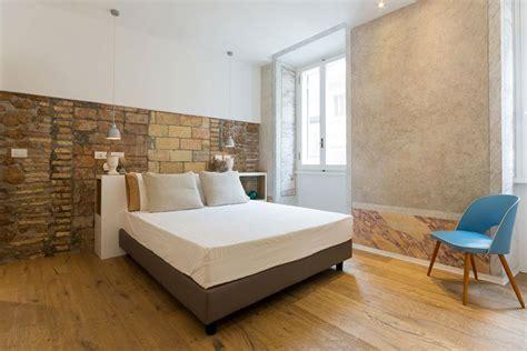 da letto con parete in pietra emejing da letto con parete in pietra images idee