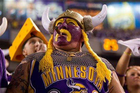 gifts for vikings fans packers receive a gift in 2014 and 2015 with the vikings