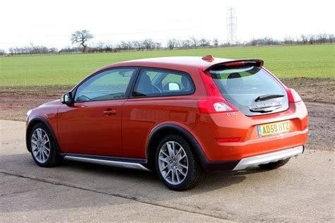 volvo c30 uk volvo c30 coupe 2007 2012 buying and selling parkers