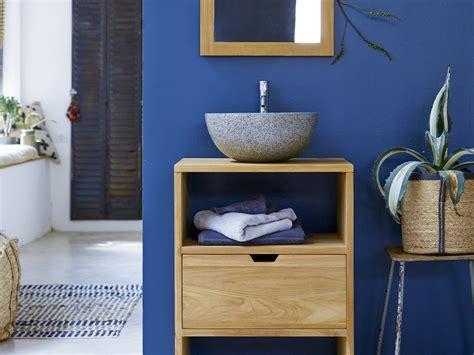 classic blue la couleur pantone  joli place