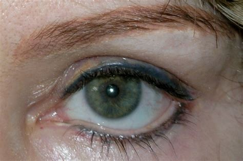 eyeliner tattoo migration permanent eyeliner avoiding complications