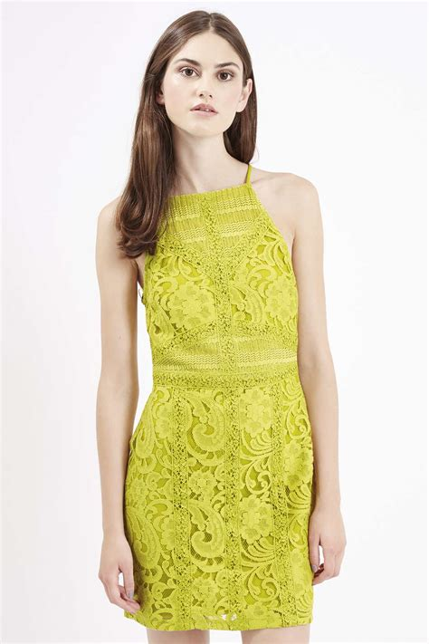 Minidress Apple alessandra ambrosio in a lime minidress for milan fashion