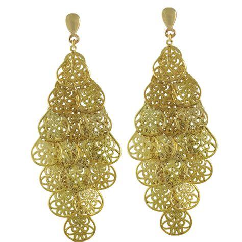 Clip Chandelier Earrings Filigrana Gold Chandelier Clip On Earrings Clip On Gold Earrings Picassodiving