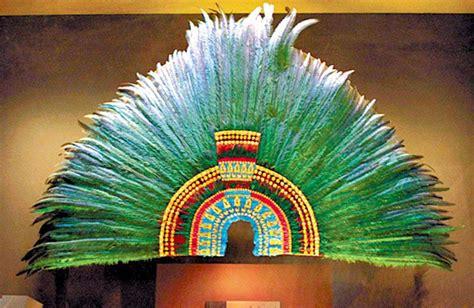 imagenes penachos mayas el fr 225 gil penacho de moctezuma no volver 225 a m 233 xico