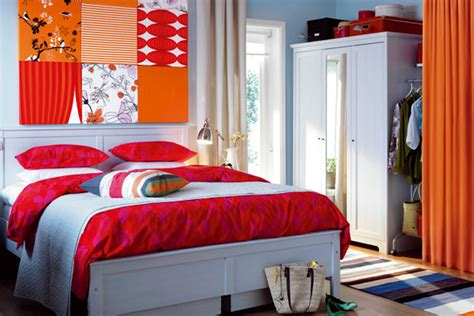 ways to decorate a small bedroom budget friendly ways to decorate your room jennifer