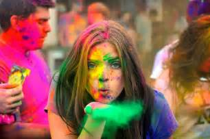 colors of india holi the festival of colors around the world stories