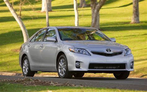 how petrol cars work 1996 toyota camry lane departure warning 2011 toyota camry reviews and rating motor trend