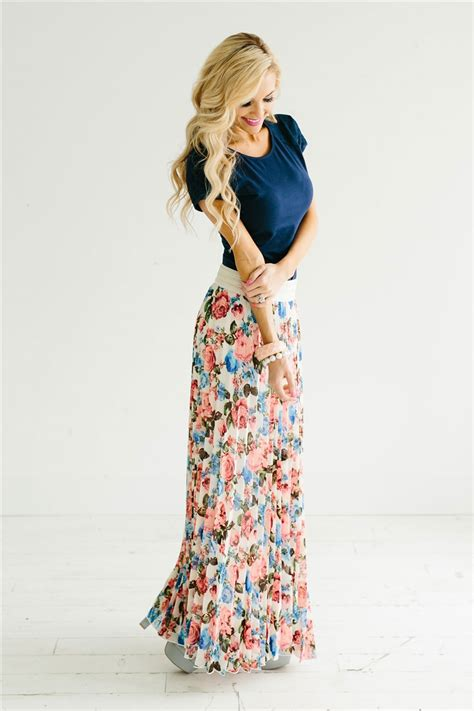 how to wear floral pleated maxi skirt ideas designers
