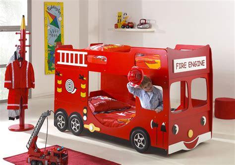 letto camion pompieri 30 foto di letti a per bambini davvero originali
