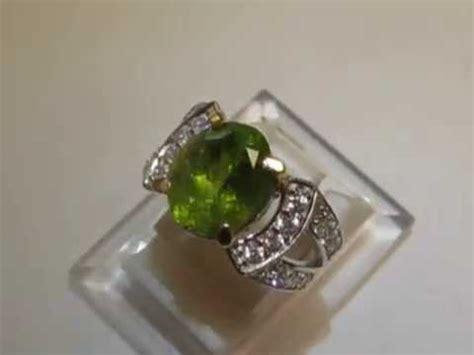 Perhiasan Permata Cincin Peridot Mantap Luster perhiasan dan batu permata batu permata peridot pada cincin ini berukuran