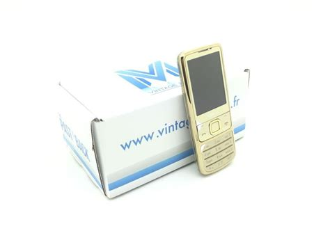 Expedition 6700 Gold nokia 6700 classic gold vintage mobile