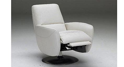natuzzi genny recliner 37 best modern recliners images on pinterest recliners