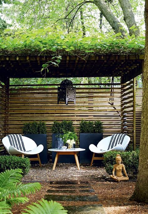 backyard sitting area ideas 1000 ideas about outdoor areas on pinterest patio