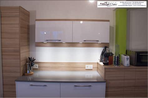 plan canapé bois salon blanc et bois