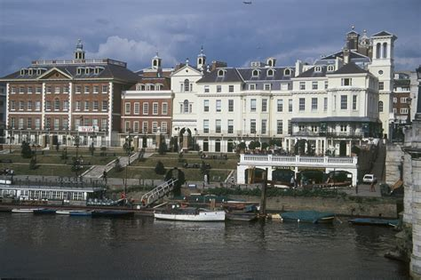 thames river cruise nearest tube station thames river boats westminster to hton court london