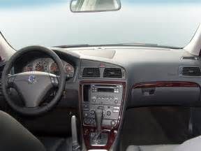 Volvo S60 Review 2006 2006 Volvo S60 Reviews And Rating Motor Trend