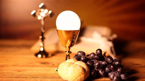 photo holy communion bread breakingofbread
