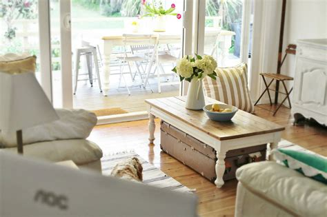 beach cottage coastal decorating ideas 171 life by the sea before after tour 171 life by the sea life by the sea