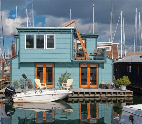 seattle boat houses 1000 ideas about floating house on pinterest houseboats