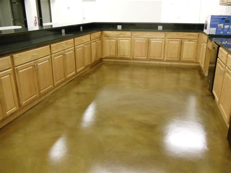 Pros & Cons of Epoxy Floors: Weighing Out Before Deciding