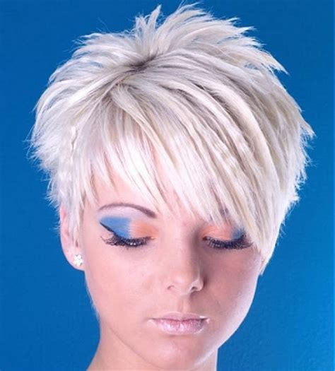 pictures of short hair cuts that spike upwards at the back medium short haircut short spikey hairstyles for women
