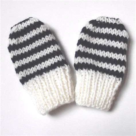 knitting pattern baby mittens the nutty knitter s blog newborn baby mittens