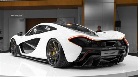 mclarenboost so if you lowered a white mclaren p1 on