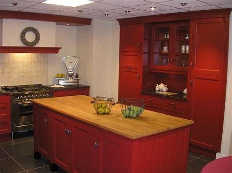 keuken kopen waar moet je opletten ossenbloedrode vloer draaibank beitels metaal