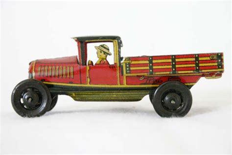 juguetes antiguos piezones coches cochecitos antiguos recogedor juguetes antiguos